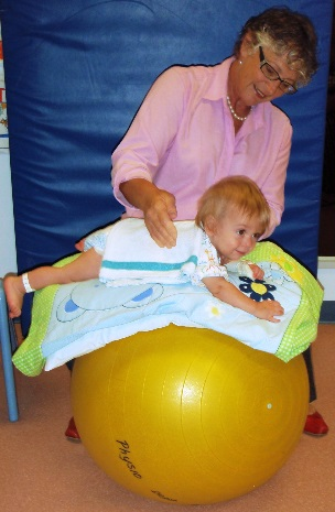 Website - Paediatrics percussion on ball